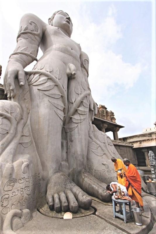 Viaggio a Shravanabelagola