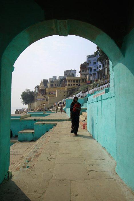 Per i ghat di Varanasi