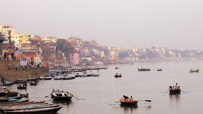Vista e colori di Varanasi