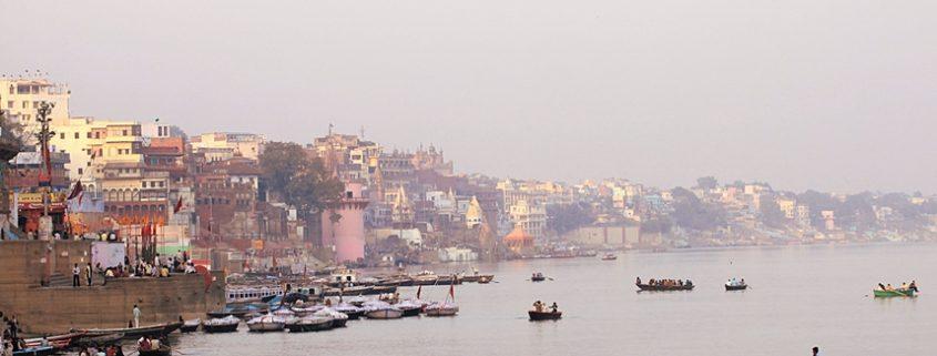 Varanasi la città santa indiana