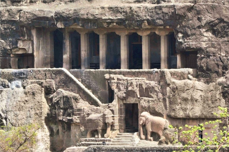 Le grotte di Ajanta e le sue pitture murali - India Nepal ...